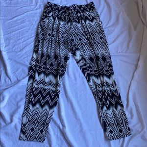 Bohemian patterned comfy pants with pockets
